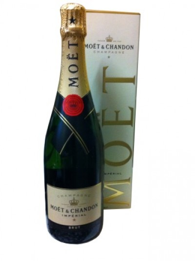 Moët & Chandon Brut Imperial / Flasche - 700ml., 12% Alc. Vol. / (€ 57.07 pro L)