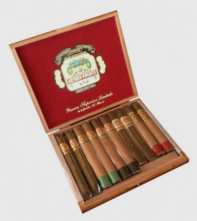 Arturo Fuente - 2015 Holiday Collection - Extra Special Reserve (10er Kiste)